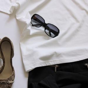 【白Tシャツ】揃いのアラフォー服!白Tを選ぶメリットとは?