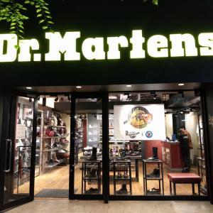 銀座 ドクターマーチン 軍用ブーツだとおもってたら軍の医師が作ったブーツなんだよね
