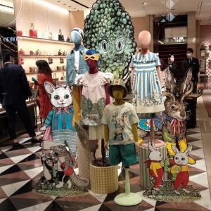 グッチの子供服 KAWAII 子供の頃から、GUCCI着てると、大人になったら、何着るのかな?