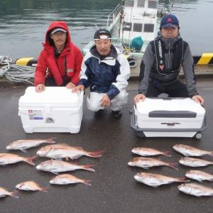 真鯛14枚(64~34㎝)