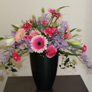春の香りの花で
