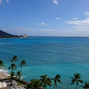 【JALでハワイ・ホノルルに快適でコスパ良くいく方法】予約は10日前!夜間往路は眠れるビジネスクラスを最安40,000マイルで、日中復路は世界一快適なエコノミークラスをたった400ドルで予約してマイルもゲット!
