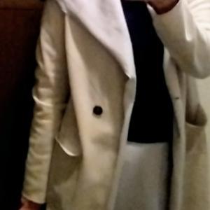 きのう買った薄手のコート