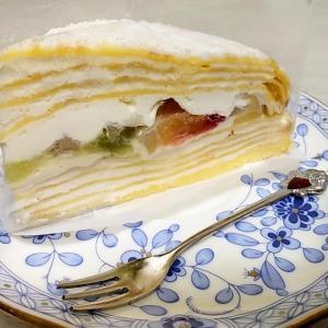 スーパーのケーキ&資源ごみの日