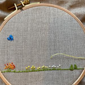 草花の簡単刺しゅう