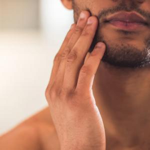 メンズコスメ 『男の肌は乾燥しやすい! 乾燥肌ケアの方法!』