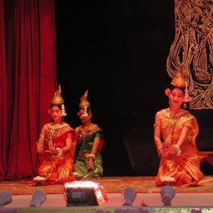 カンボジア その12 アプサラダンス