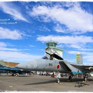 青空と戦闘機