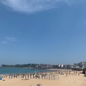 6月のフランスプチバカンス♪サンジャンドリュズのビーチにて