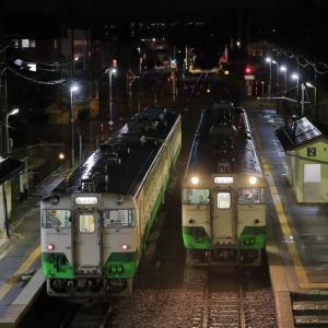 会津坂下駅の列車交換