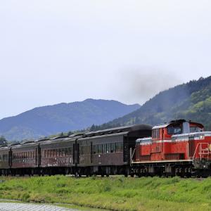 DD51-1043牽引の「DLやまぐち号」を撮る!