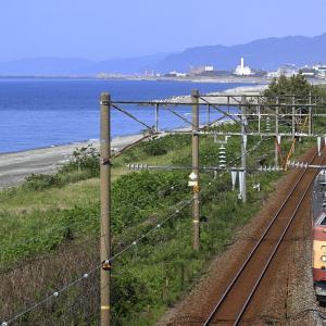 親不知子不知の海岸線を往く、クモヤ443を撮る!(糸魚川検測編)