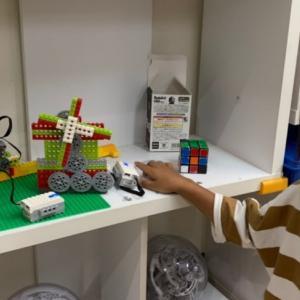 小1 レゴのロボット教室へ