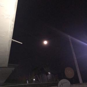 月がきれいでした@バリ島