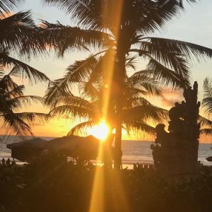 クタビーチはまだあきませんーー@バリ島
