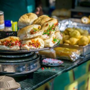 西インド ムンバイで 西洋パンが食べられる理由