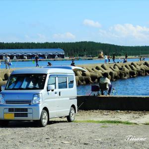 休日の港の風景