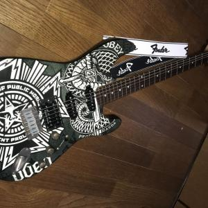 Fender Squier Obey ストラト
