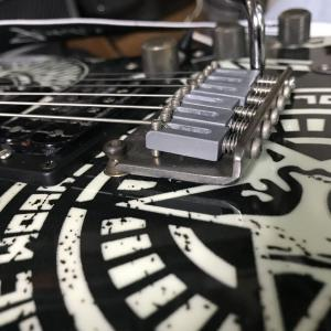 Fender Squier Obey その2