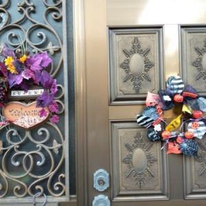 ハロウィーン模様に玄関アレンジ
