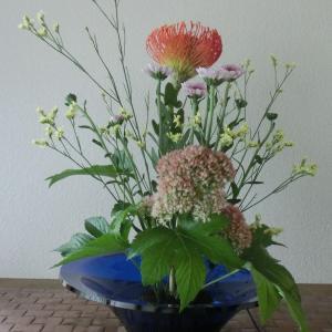 ランラン玄関の生け花NO.114 坂戸整体院ランラン