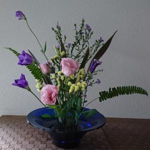 ランラン玄関の生け花NO.117 坂戸整体院ランラン