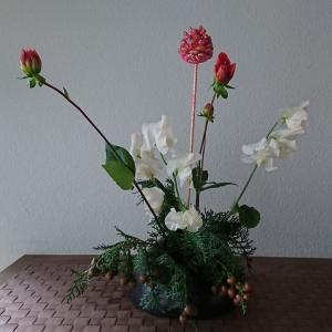 ランラン玄関の生け花NO.119 坂戸整体院ランラン