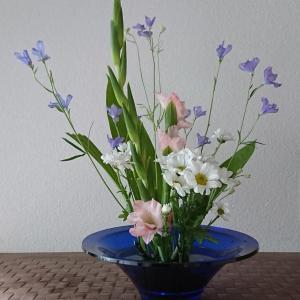 ランラン玄関の生け花NO.139 坂戸整体院ランラン