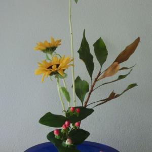 ランラン玄関の生け花NO.105 坂戸整体院ランラン