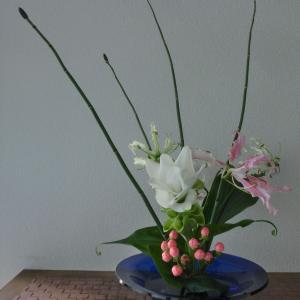 ランラン玄関の生け花NO.108 坂戸整体院ランラン