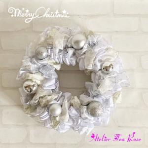 新作ホワイト&シルバークリスマスリース