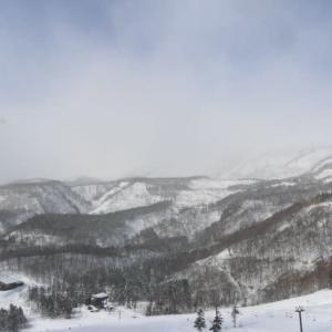 昨日 初スキー行ってきました。