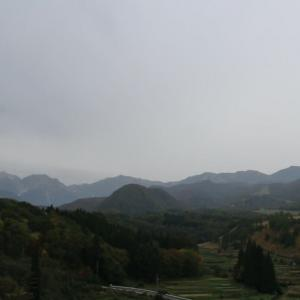 今日の天気 雨 でもアルプスは見えています。