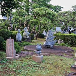 正満寺 石像広場