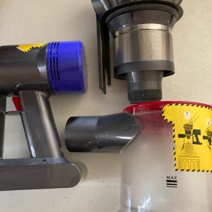 閲覧注意!ダイソン掃除機を分解して掃除をした結果、、