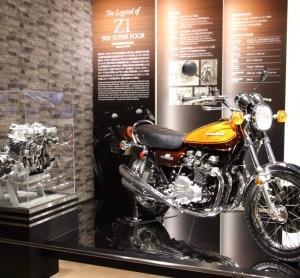 先日、カワサキワールドのモーターサイクルフェアに行って来ました♪