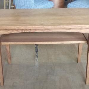 unico KURT カフェテーブル ありますよ!