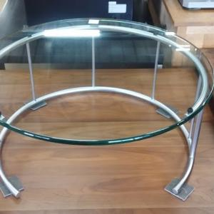 HUKLA  ガラスリビングテーブル TMRC-M GC700 入荷しましたよ!
