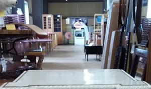 クラシックスタイル サイドテーブル ありますよ!!