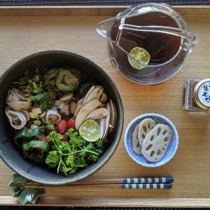 汁かけ混ぜ混ぜ麺