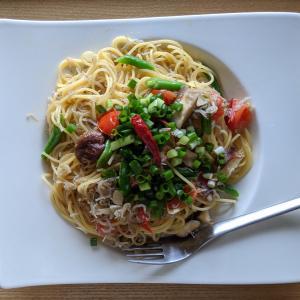 ジャコと野菜のペペロンチーノパスタ