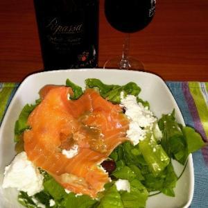 サーモン&リコッタチーズの相性大好き♫たくさん食べれる、赤ワインとの合わせて至福❤