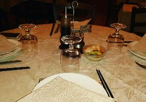 今夜は人気チャイニーズレストランでスキューバダイビング仲間夫婦とディナー❤楽しみます\(^o^)