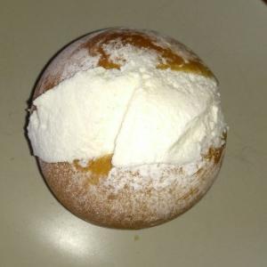 ローマの伝統的なパンといえばMaritozzo(マリトッツォ)Pasticceria Gruè