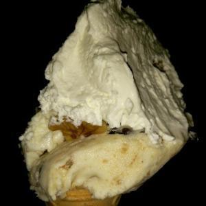 ジェラート❤カンノーロとくるみ&ハニー☆ジェラートとゆうよりアイスクリームでしたBartocci