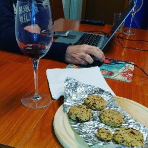 大好きなアペリティーボはもっぱら自宅で~この時間が大好き♥ワインは取寄せで既に2度オーダーして