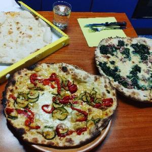 またピッツァディナー♥イタリア人化してるのか食べたくなってデリバリー★Pizza Cowboy