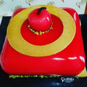 今日は私の誕生日☆たくさんのお祝いのメッセージやコメント嬉しく思います♥Guttilla