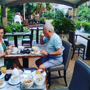 素敵なガーデンもあるホテルなのでガーデンブレックファーストしたり★気持ちい〜朝食♥Venezia