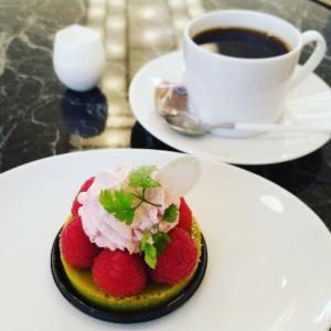 フランスリベルテでスイーツタイム☆こないだランチしてケーキも♥テリーヌショコラ ピスターシュ